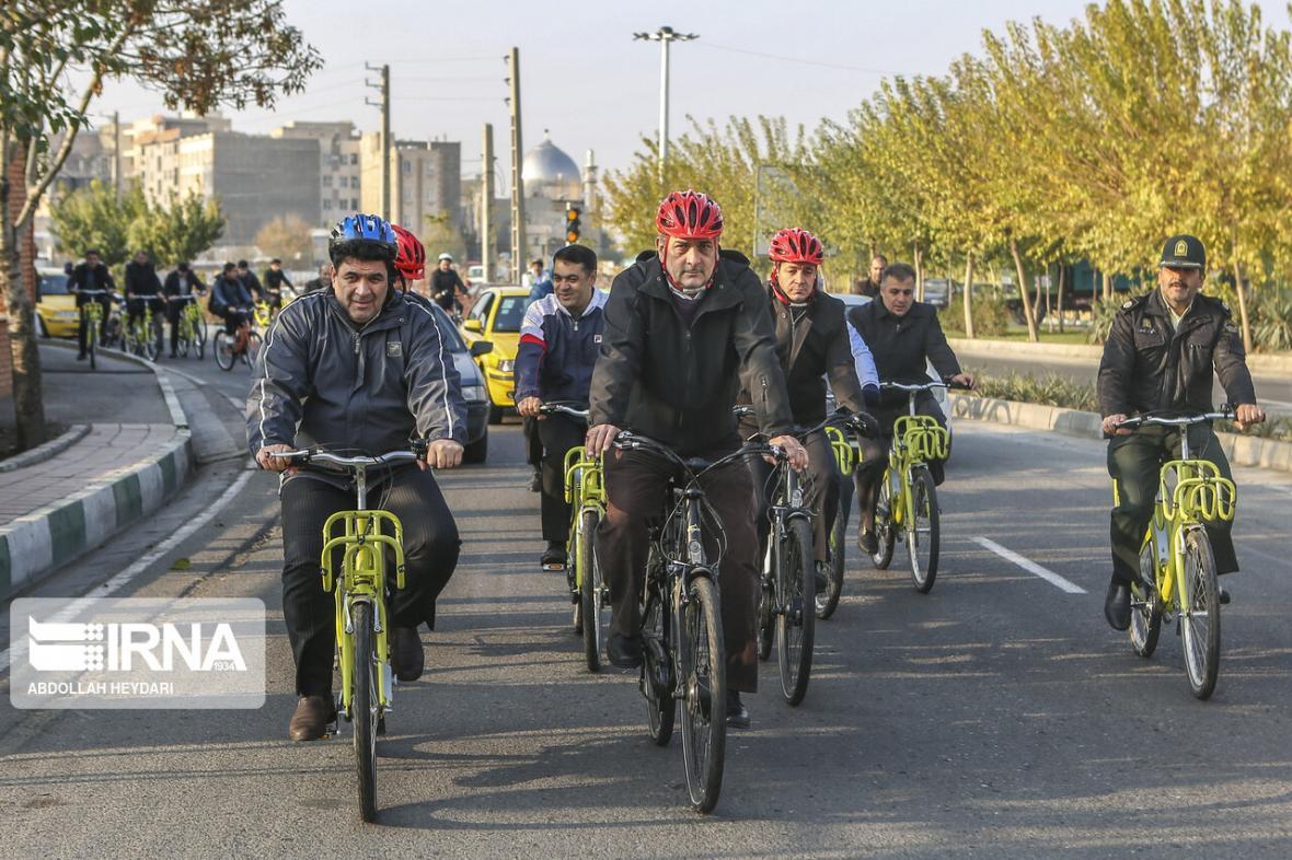 خبرنگاران افتتاح تالار مشاهیر ورزش با حضور شهردار دوچرخه سوار